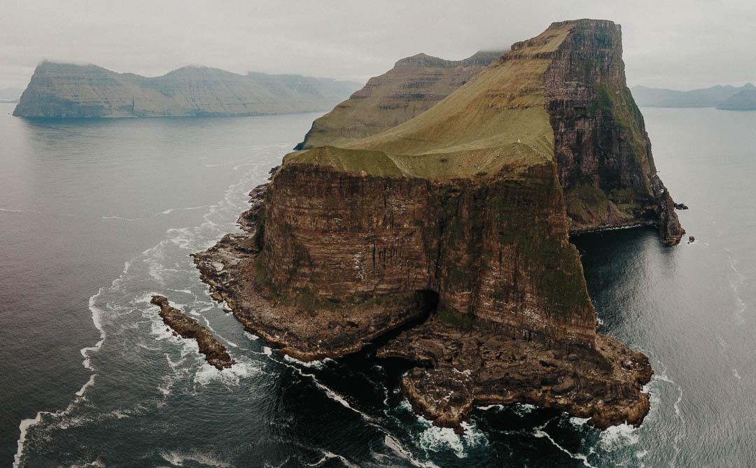 Faroe-Islands-Elopement_Part3_OlegTru-com_24