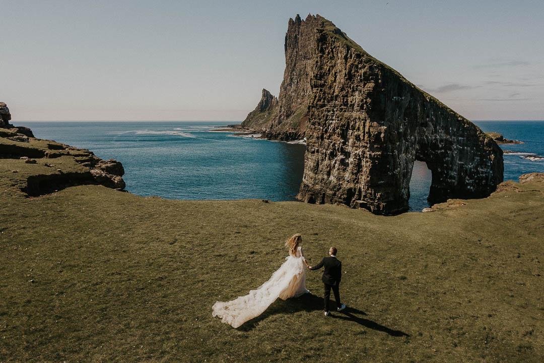Oleg Tru destination wedding photographer | Faroe Islands adventurous wedding
